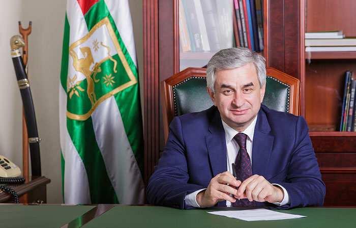 Президент Абхазии заявил, чтоДНРдобьется официального признания (ВИДЕО)   Русская весна