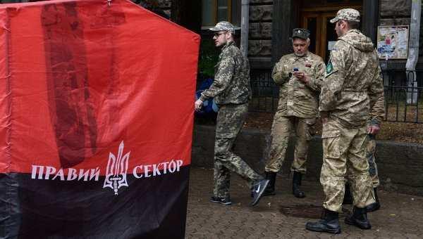 СРОЧНО: «Правый сектор» насильно удерживает группу греческих граждан в одесской гостинице | Русская весна