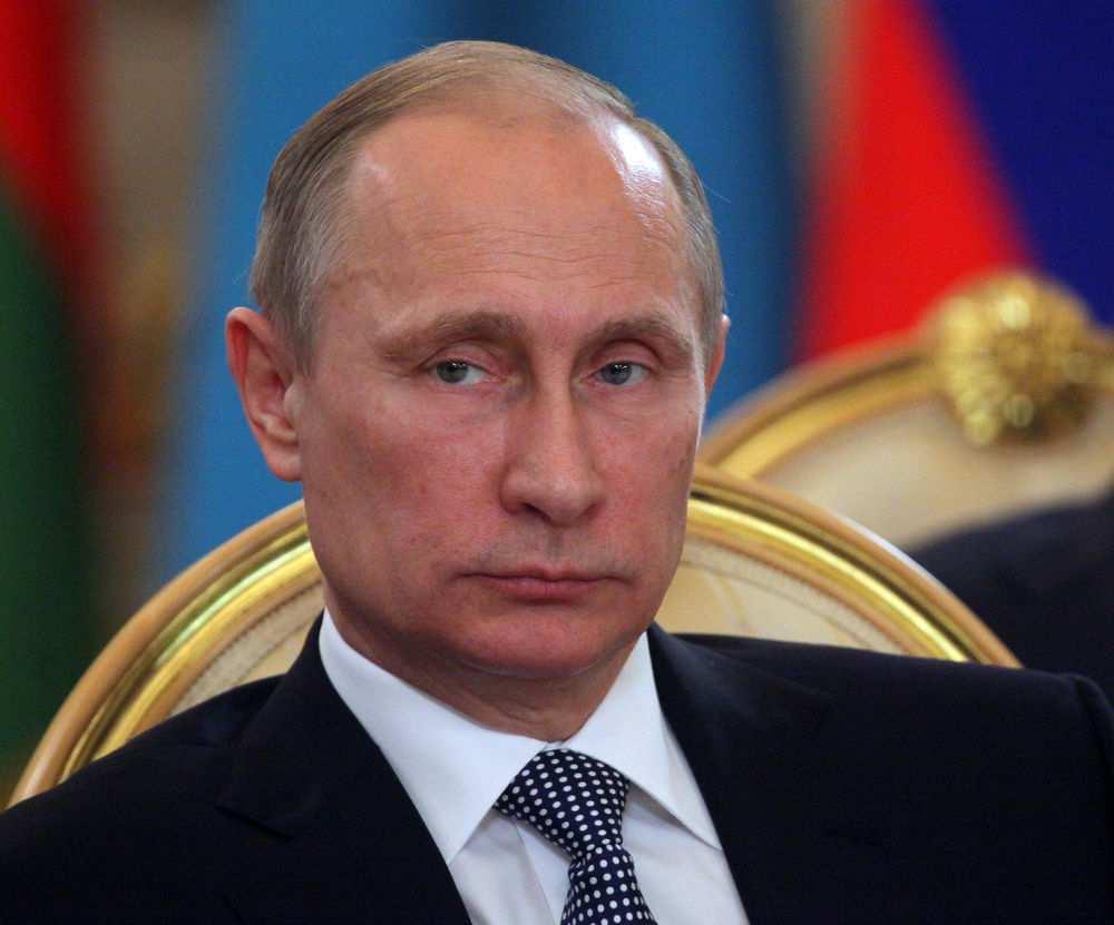 Путин: СШАпризнали, чтоакция вСирии провалилась, атеперь просто разбрасывают боеприпасы иамуницию | Русская весна