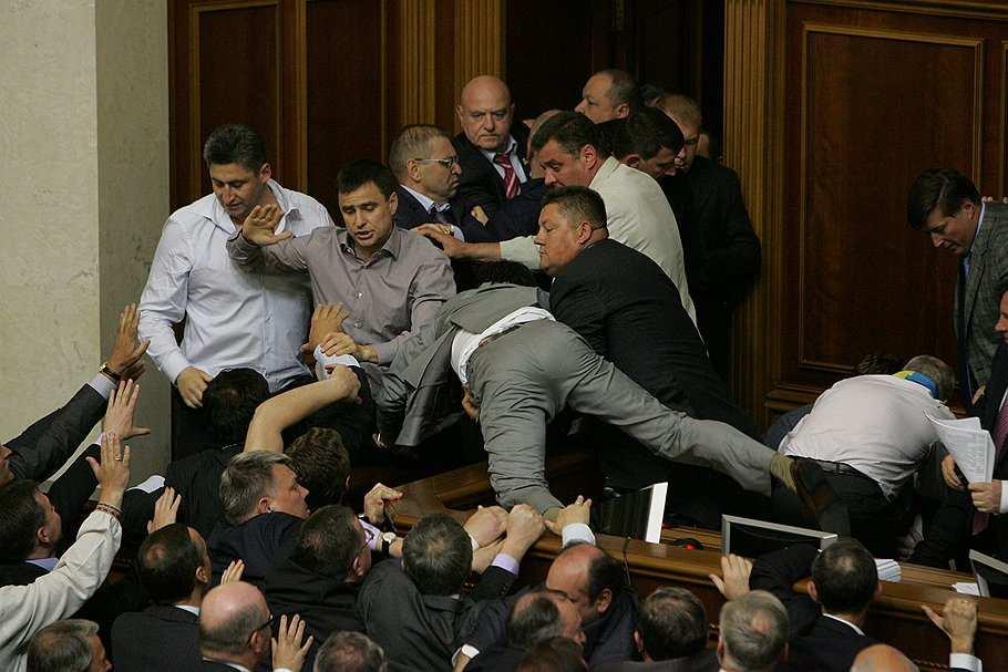 Как украинские депутаты парализовали работу Рады | Русская весна
