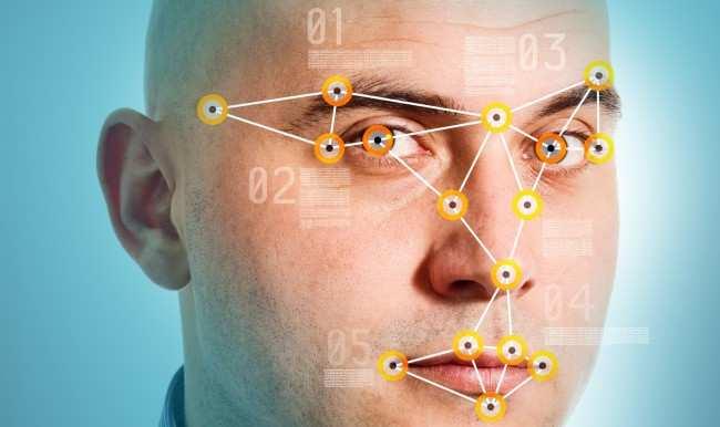 Украинский «Миротворец» запустил автоматическое распознавание лиц на фото в Интернете | Русская весна