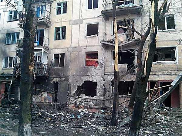 Четыре жилых дома Горловки разрушены входе ночного обстрела города   Русская весна