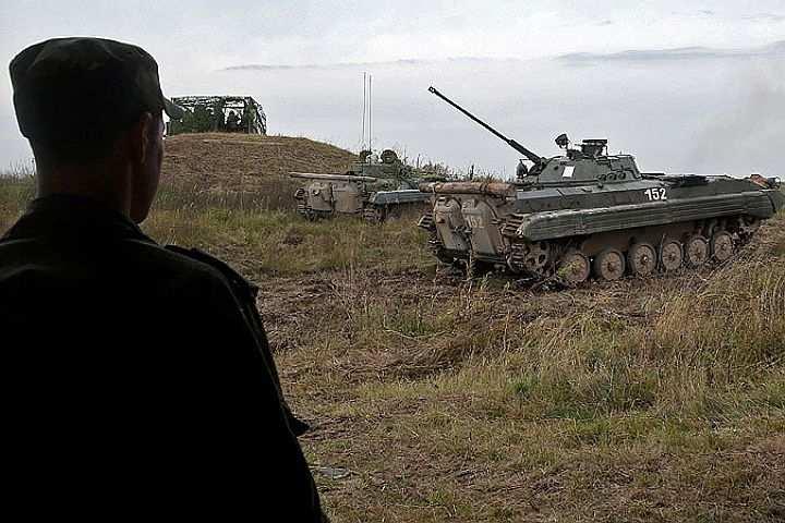ВМинобороны РФпрокомментировали слухи об«огромной военной базе» уграницы Украины   Русская весна