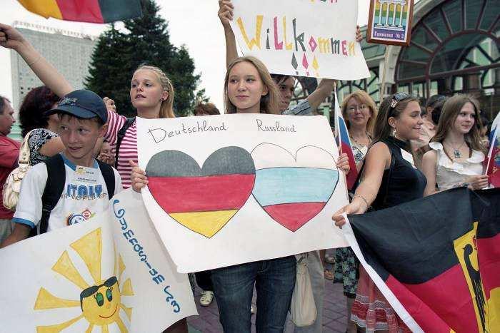 Мынедураки инеповерим всказку проагрессию русских, — простые немцы | Русская весна