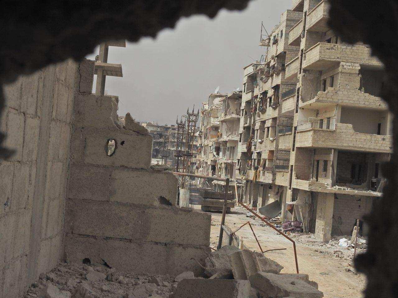 Адские находки в крепости ИГИЛ: Кочующие миномёты, военные мастерские и огромные туннели (ВИДЕО) | Русская весна