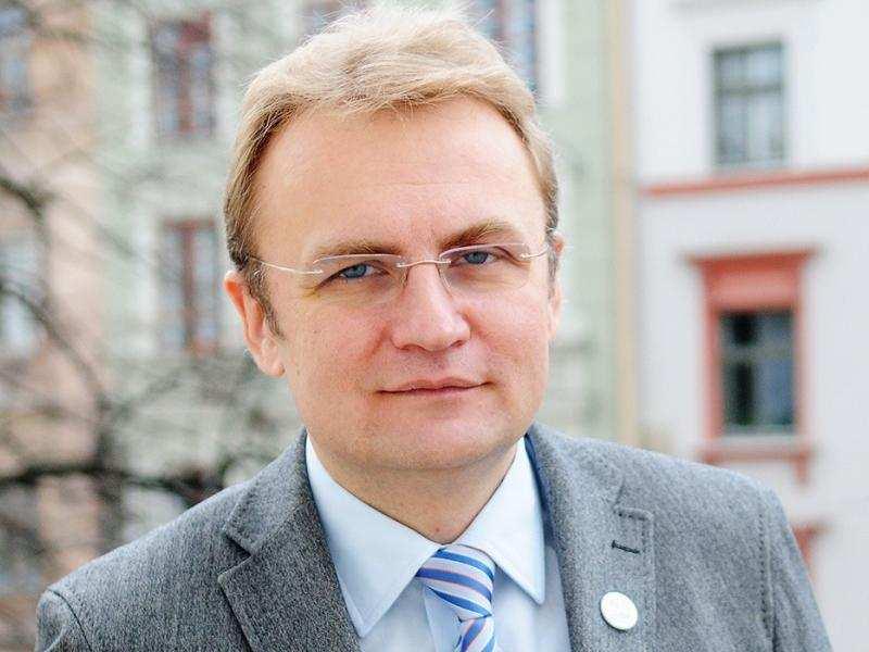 Не нужно все спихивать на нас, — мэр Львова отказался от должности премьера Украины | Русская весна