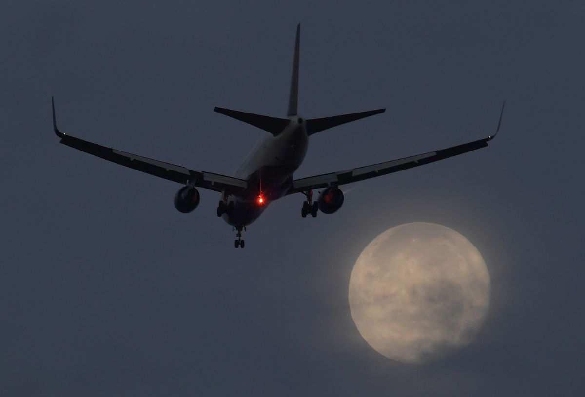 Украина оштрафовала российские авиакомпании на 5,4 миллиарда гривен   Русская весна