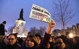 Charlie Hebdo после публикации карикатур на трагедию A321 грозит уголовное дело в России | Русская весна