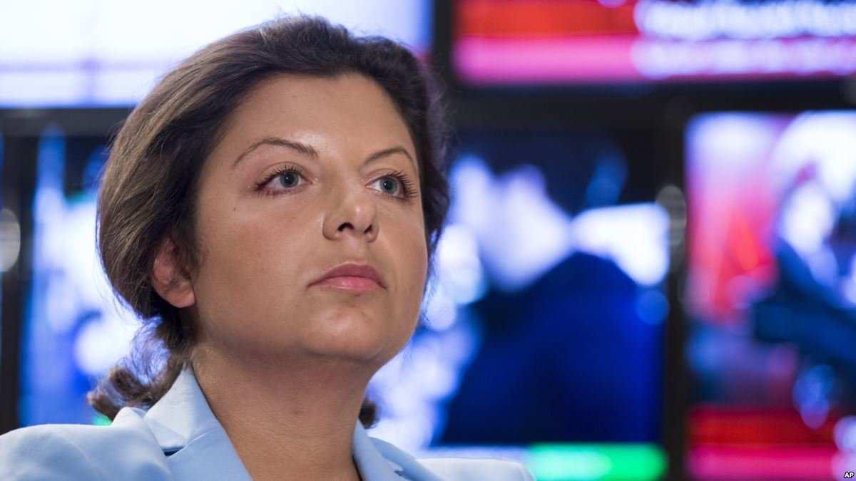 «Переписываются законы в Думе», — Симоньян прокомментировала ситуацию с гражданством для беженцев с Донбасса | Русская весна