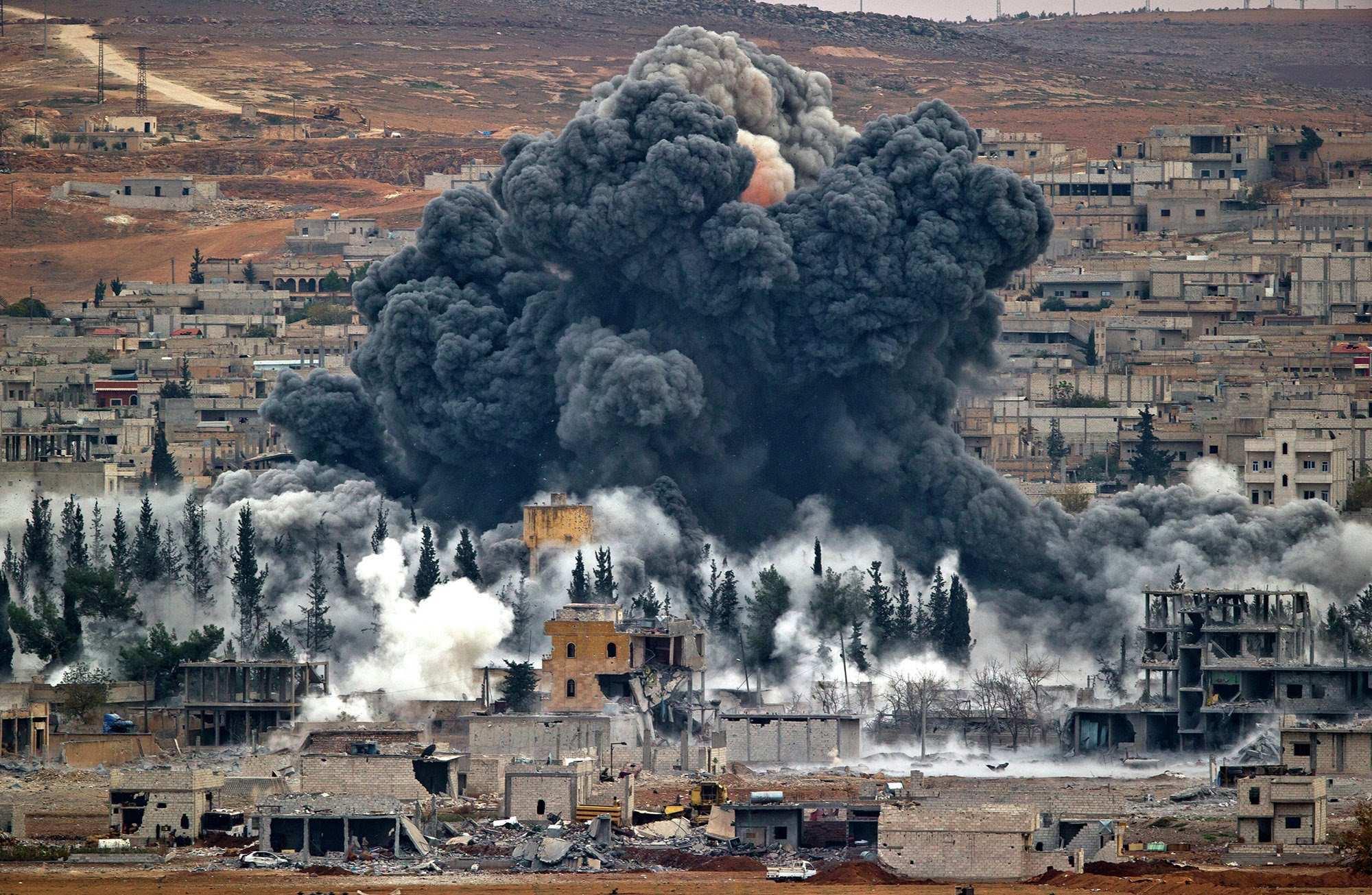 Авиация и сирийская артиллерия уничтожают боевиков «Джебхат-ан-Нусры» к югу от Алеппо (ВИДЕО) | Русская весна