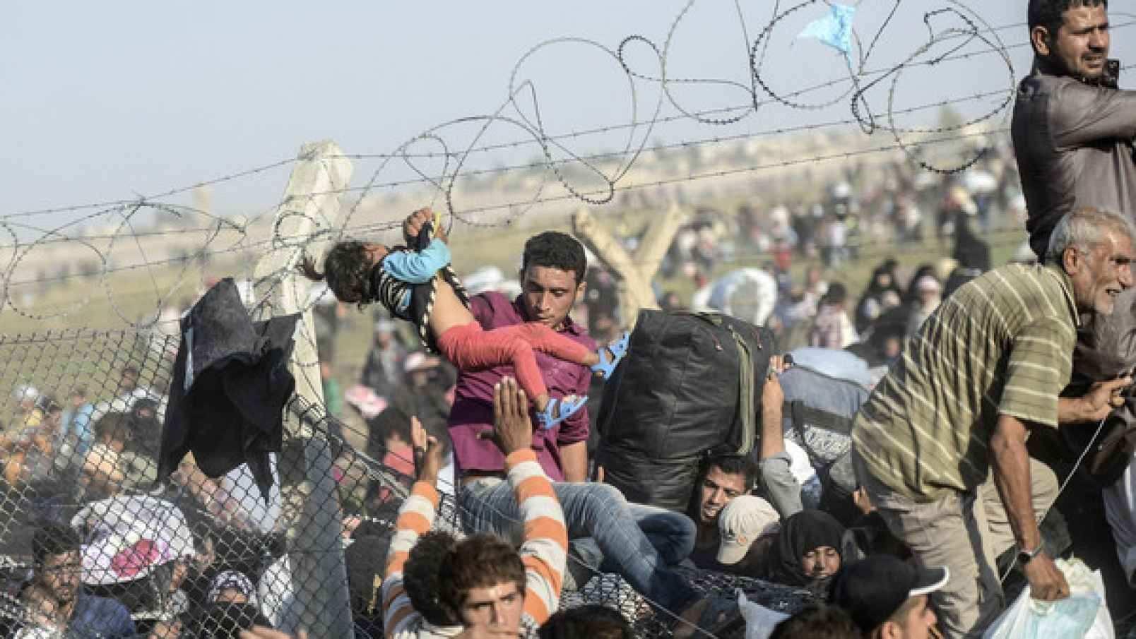 Турецкие пограничники расстреливают беженцев из Сирии, — Times | Русская весна