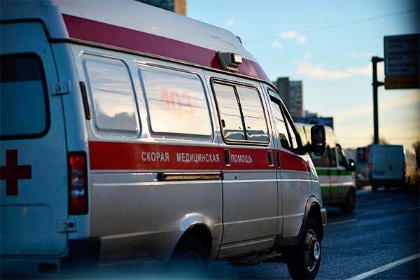НаУкраине десятки школьников попали вбольницу, надышавшись отравленным воздухом | Русская весна