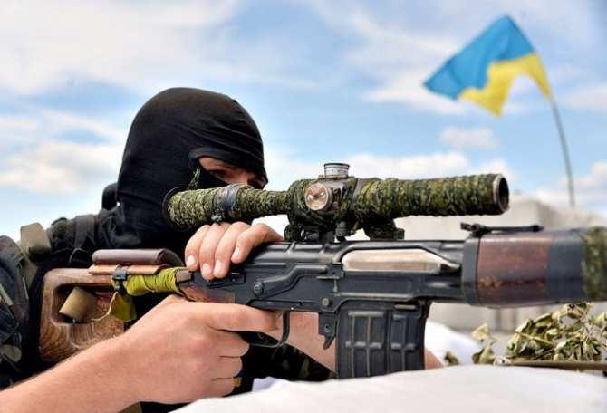 ВАЖНО: Снайпер ВСУоткрыл огонь покоммунальщикам ДНР | Русская весна