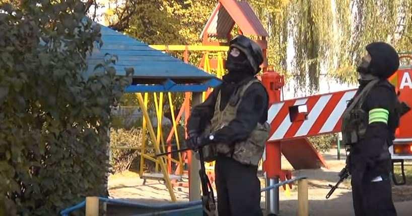 Спецоперация против ИГИЛ в Нальчике: спецназ, БТРы и взрывчатка террориста (ВИДЕО) | Русская весна
