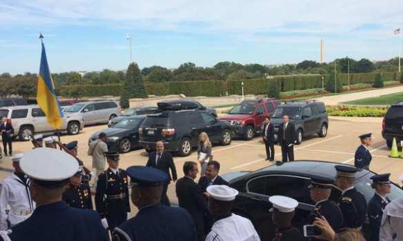 «Добро пожаловать вПентагон»: министр обороны Украины прибыл вСШАи встретился со «старшими товарищами» (ФОТО)   Русская весна
