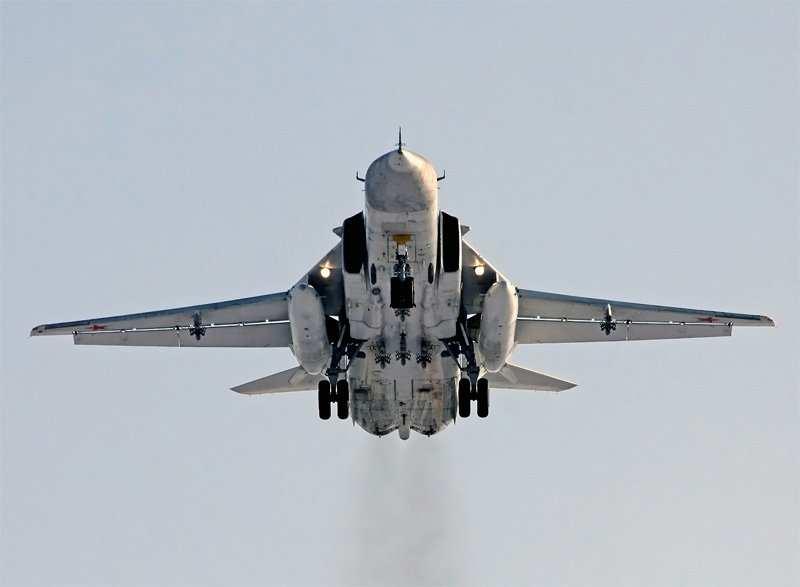 МОЛНИЯ: Боевики сбили Су-24 в Сирии (ВИДЕО) | Русская весна