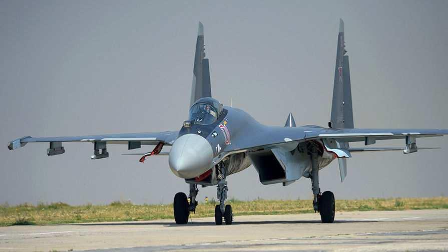 Новейшие истребители Су-35С вСирии: кадры боевого дежурства (ВИДЕО) | Русская весна
