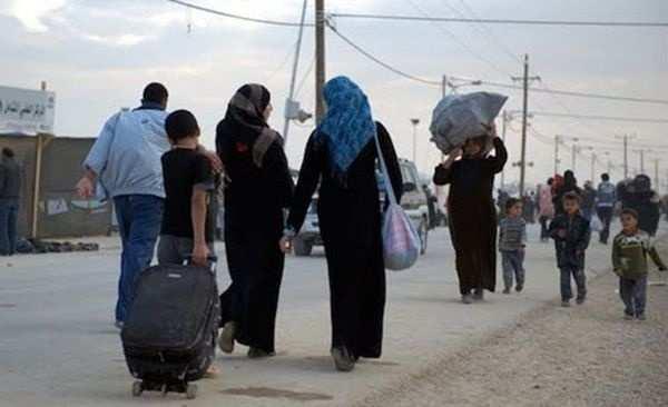 Беженцы из Алеппо скитаются по Сирии без средств к существованию (ВИДЕО) | Русская весна