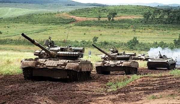 Порошенко назвал танковое наступление самой большой опасностью состороны ополчения   Русская весна