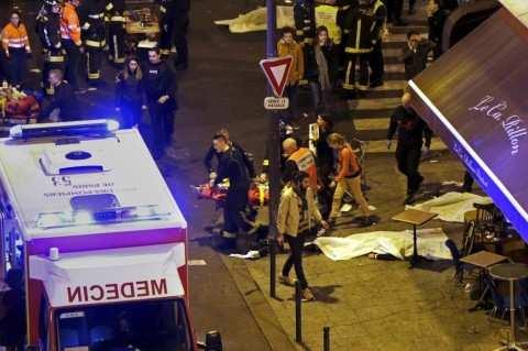 Русские парижане рассказывают что происходило в Париже: «Нас закрыли в ресторане, людей положили на пол» (ВИДЕО) | Русская весна