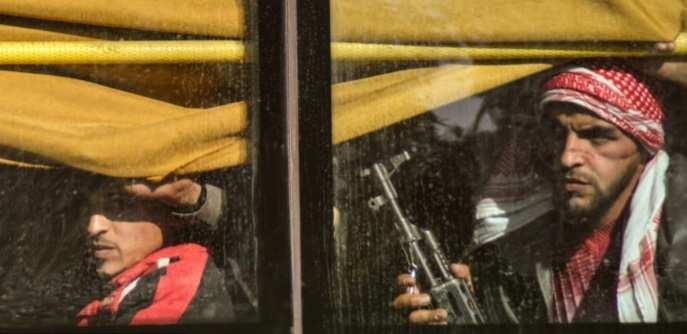 Хомс освобожден от террористов: сотни боевиков покинули город под прицелами пулеметов Армии Сирии (ФОТО + ВИДЕО) | Русская весна