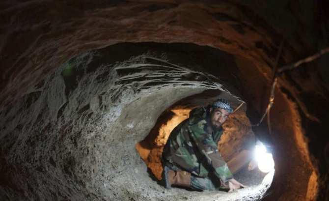 «Тоннельная война»: Сирийская армия сражается с ИГИЛ в подземных лабиринтах Дамаска (ВИДЕО) | Русская весна