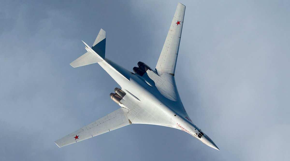 «Контрольный выстрел вголову агрессору»: стратегический бомбардировщик Ту-160получает новую жизнь (ФОТО) | Русская весна
