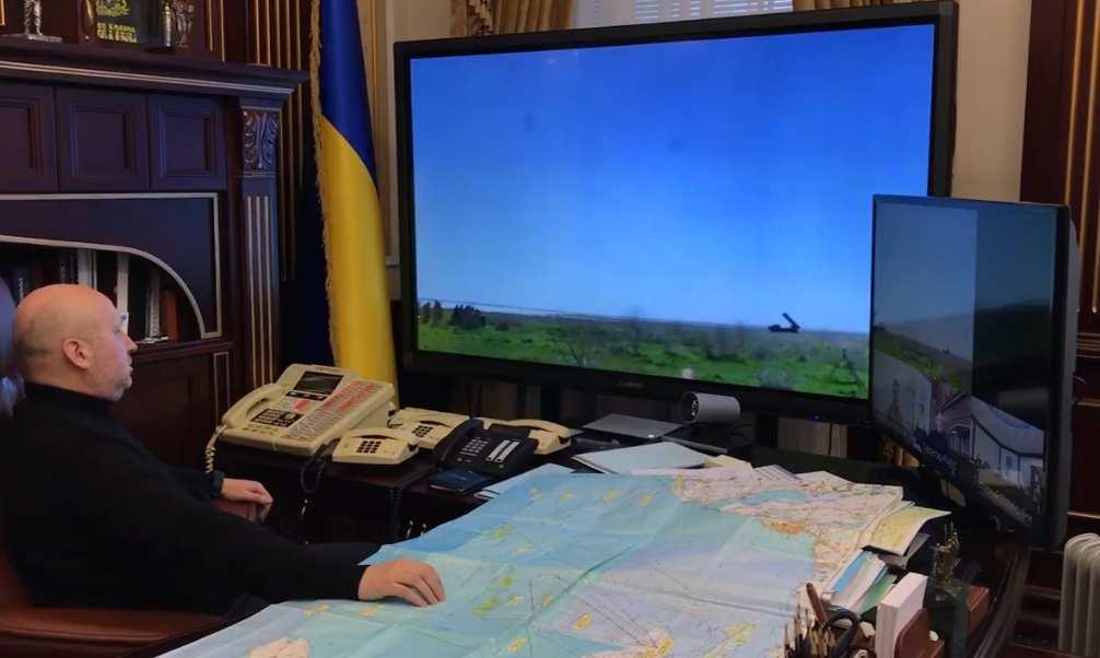 «Вот такиработаем!» — Турчинов победил квадрокоптер (ФОТО, ВИДЕО) | Русская весна