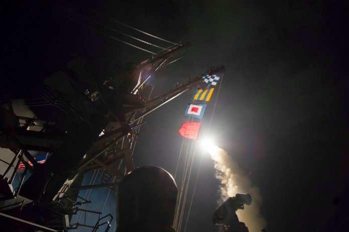 Четверо сирийских военных погибли при ударе США по авиабазе в Сирии | Русская весна