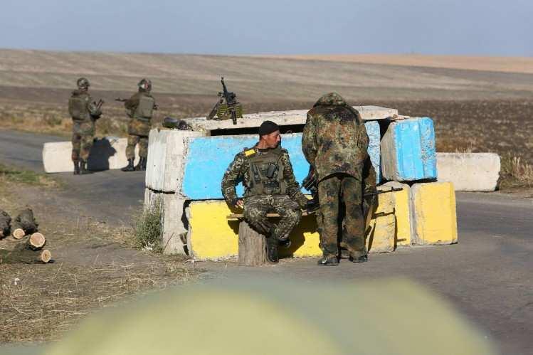 Украинские военные застрелили мужчину на блокпосту возле Попасной | Русская весна