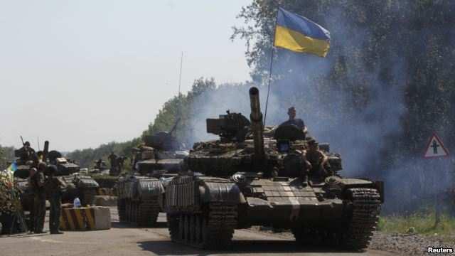 Разведка ДНР выявила у линии фронта 14 танков ВСУ, неучтенных в списках отвода техники ОБСЕ | Русская весна