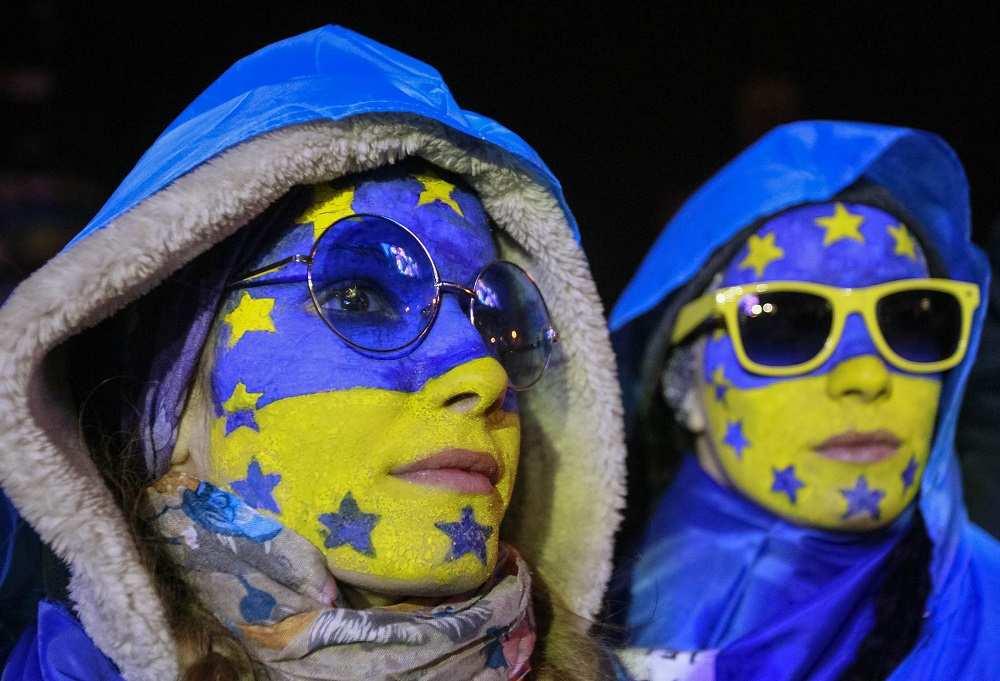 Украинцам будут менять сознание через рекламу: ролики Минпропаганды уже отсняты (ВИДЕО) | Русская весна