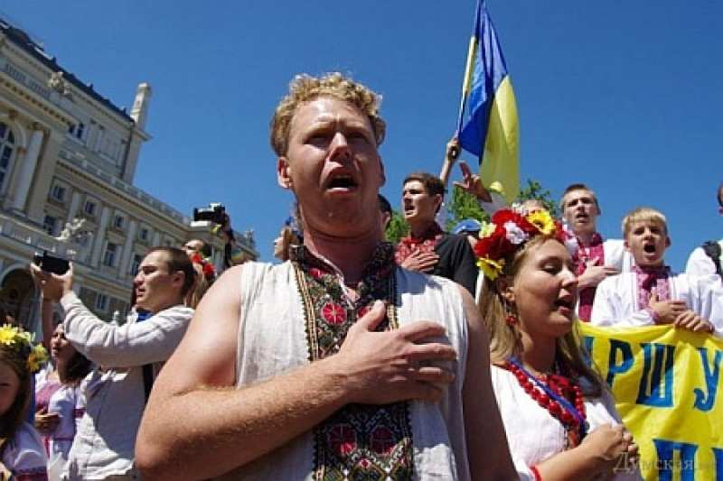 «Катастрофическая ситуация»: Около миллиона украинцев ежегодно покидают страну | Русская весна