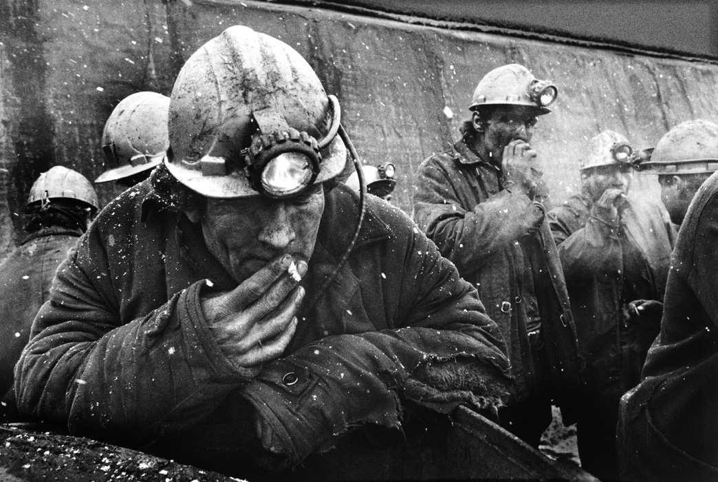Украинские шахтеры объявляют голодовку из-за задолженностей позарплате | Русская весна