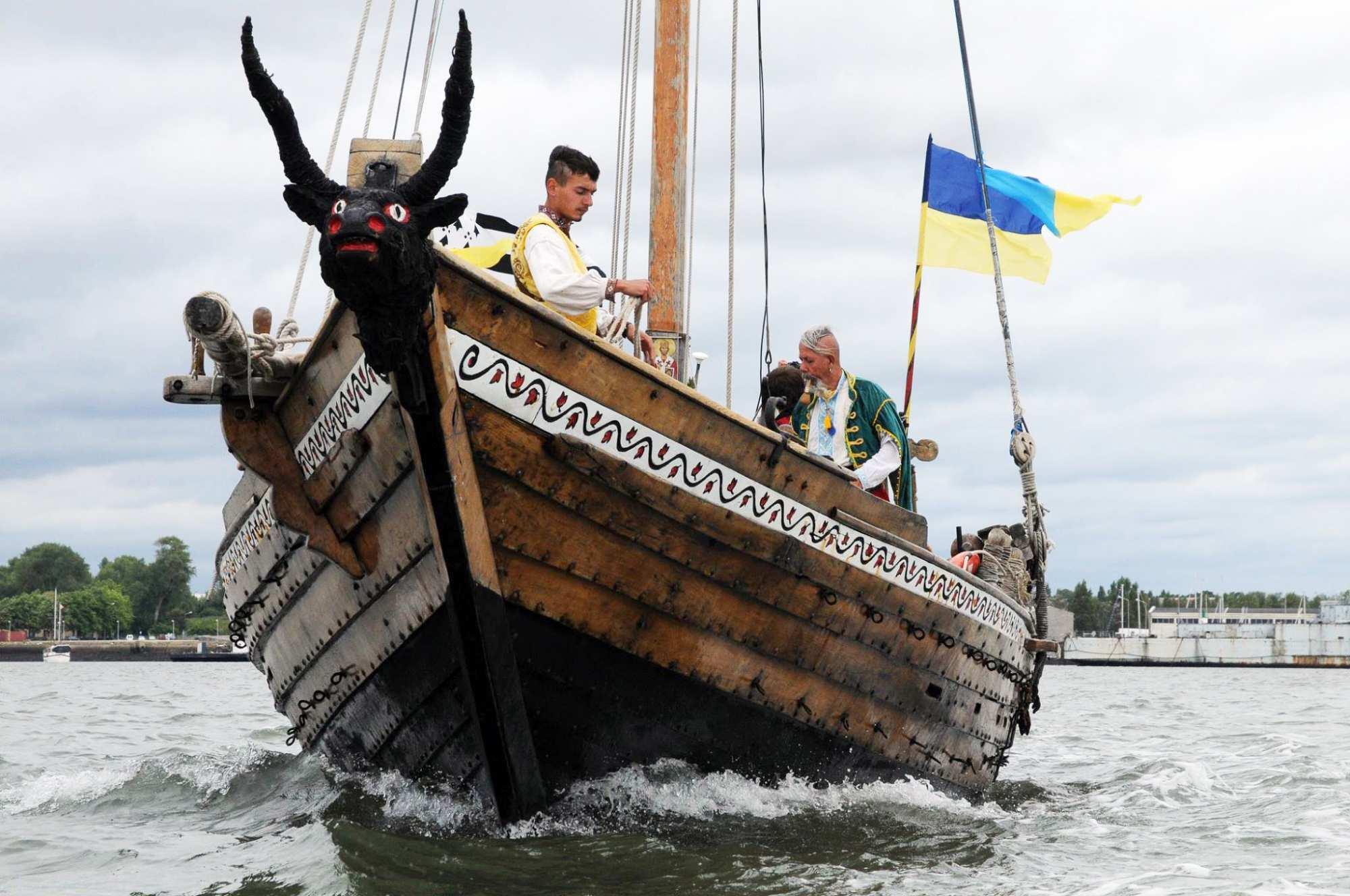 «Могучий флот» Украины будет направлен через Керченский пролив | Русская весна