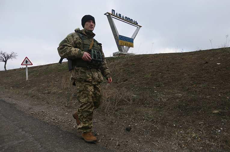 Украина реализует на Донбассе грузинский сценарий 2008 года, — аналитик | Русская весна
