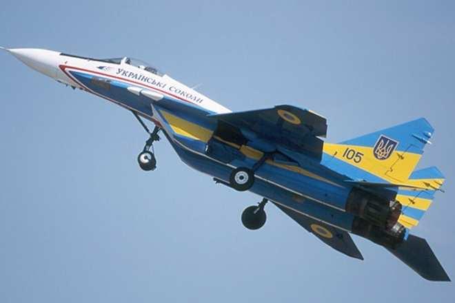 Украинский летчик получил 12 лет по статье «госизмена» и попытку сбежать на самолете в Россию   Русская весна