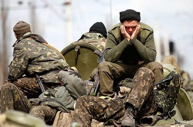 Украинские солдаты записали видеообращение к Порошенко, требуя демобилизации (ВИДЕО) | Русская весна