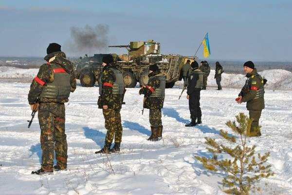 Семенченко: украинские военныенаступают наУглегорск, идут тяжелые боинаподступах к городу   Русская весна