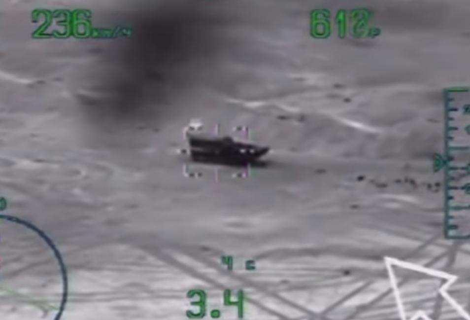 Российский Ми-28 уничтожает террористов ИГИЛ в Пальмире — уникальные кадры (ВИДЕО) | Русская весна