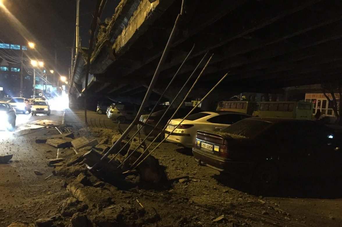 СРОЧНО: В Киеве обрушился мост (+ВИДЕО, ФОТО) | Русская весна