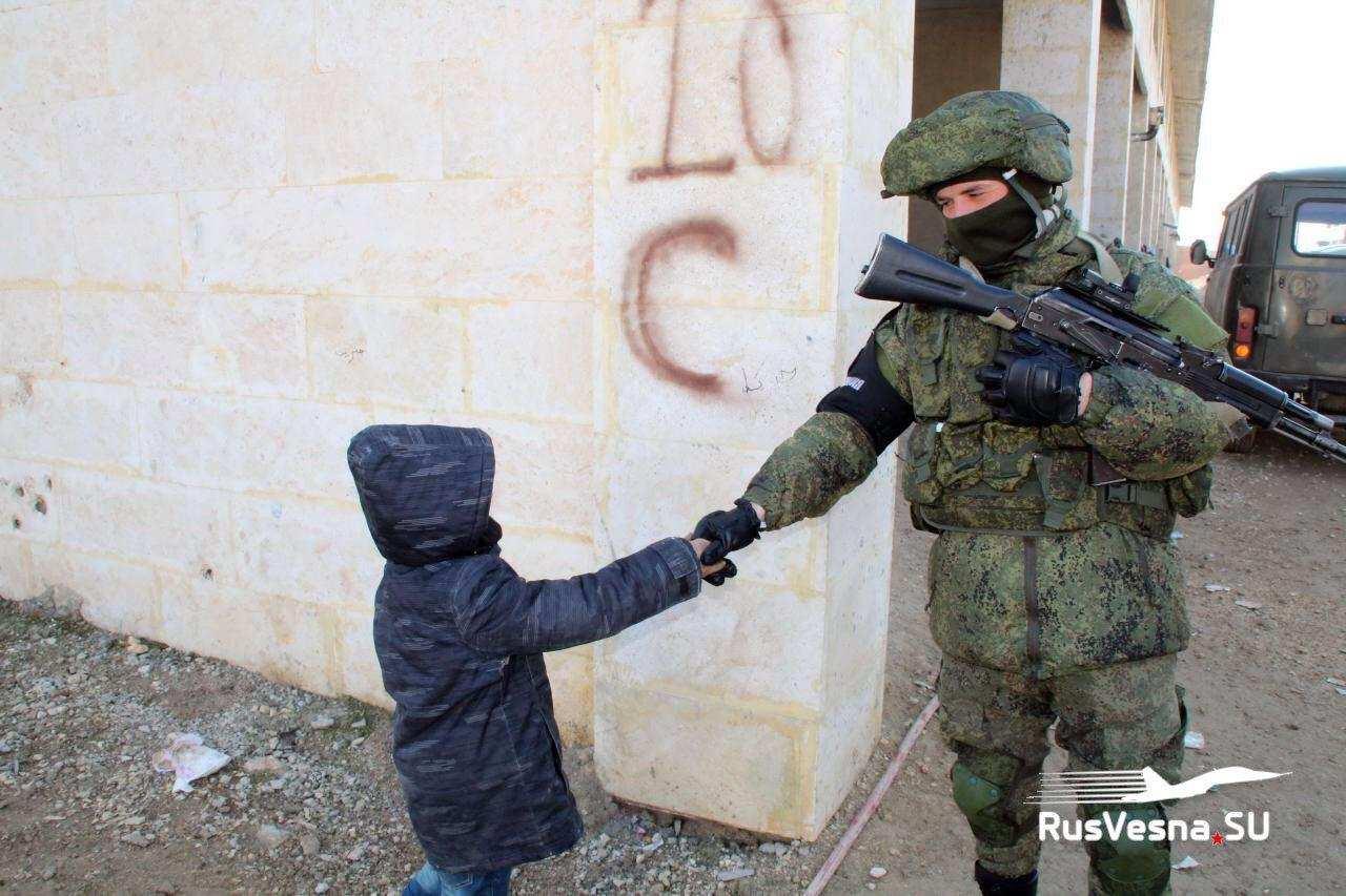 Российские военные помогают вернуть мирную жизнь в Алеппо (ФОТО) | Русская весна