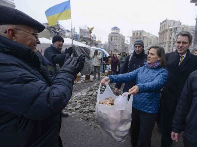Как сотрудники Госдепа издеваются над украинцами | Русская весна