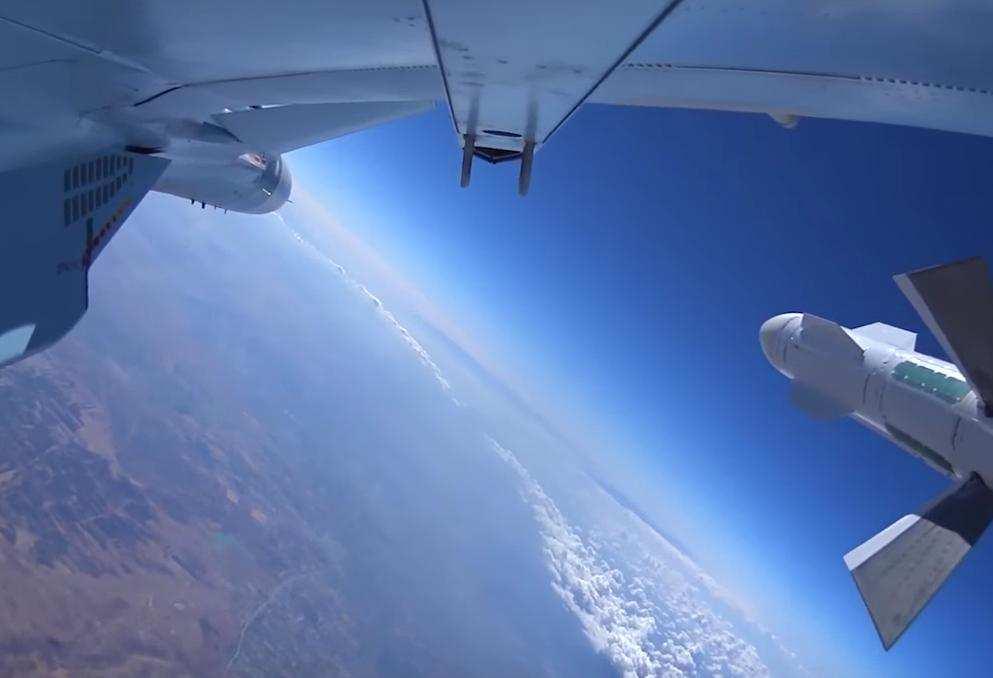 Работа российской авиации в Сирии — зрелищные кадры от Минобороны РФ (ВИДЕО) | Русская весна