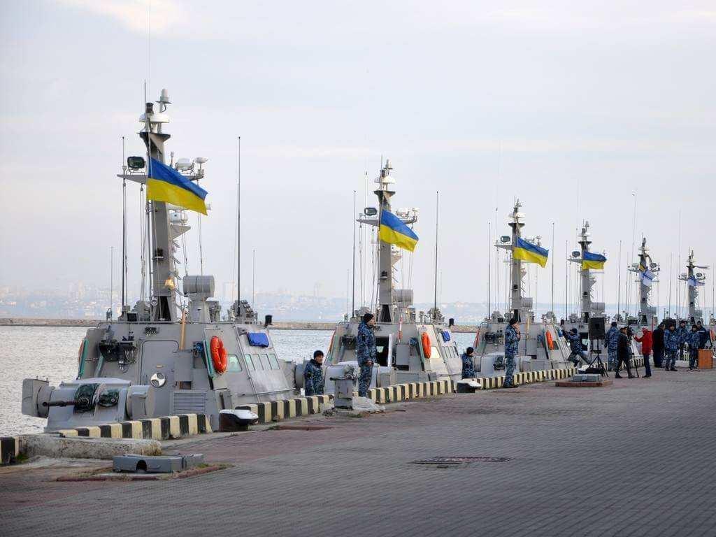 «Россия вСирии показала, чтоснами будет»: киевский адмирал заявил, что «Калибры» потопят украинский флот ещё уберегов (ВИДЕО) | Русская весна