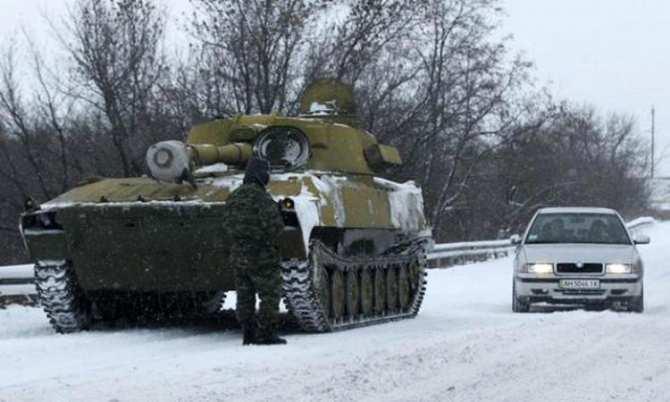 Сводка: оккупанты 8 раз обстреляли позиции ополчения | Русская весна