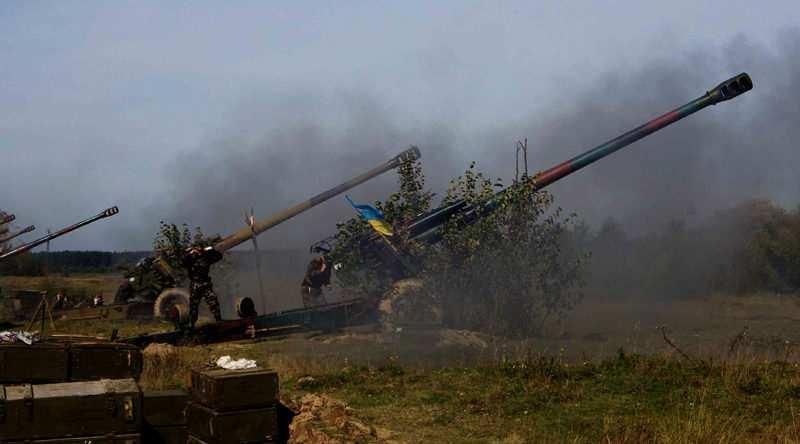 ВСУ обстреляли из тяжелой артиллерии пригород Донецка | Русская весна