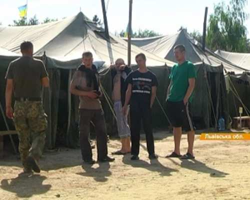 Истинное лицо украинской армии: немытое, голодное ивтапочках (ВИДЕО) | Русская весна