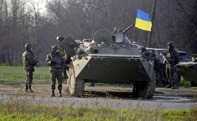 Киев обстреливает Республики ради кредитов отСША,— экс-помощник министра обороны Украины | Русская весна