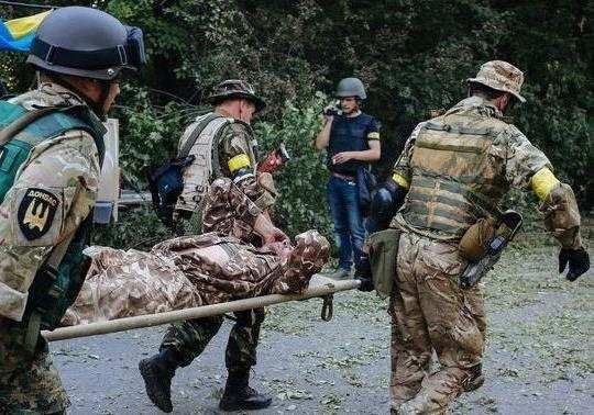 Война за контрабанду: 44-храненых украинских военныхиззоны «АТО» доставили вертолетами вДнепропетровск   Русская весна